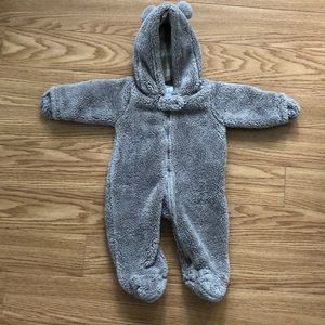 Carter's baby clothing